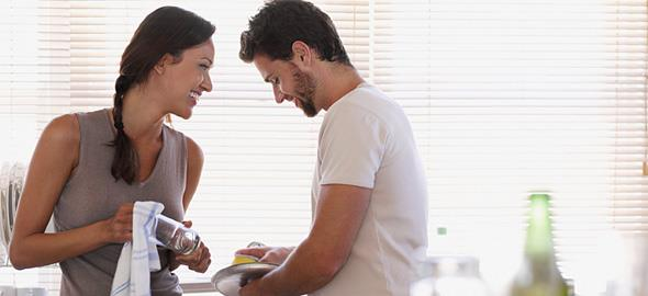 6 πράγματα που κάνει ο άντρας σας και δείχνουν ότι σας λατρεύει
