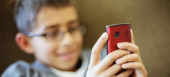 Αποτέλεσμα εικόνας για παιδι κινητο