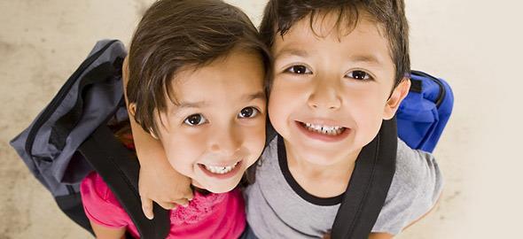 6 λόγοι που είναι τέλειο να έχεις αδερφό