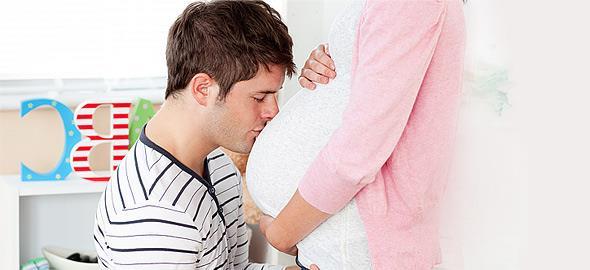 Εγκυμοσύνη: Πώς αλλάζει η ερωτική ζωή του μπαμπά