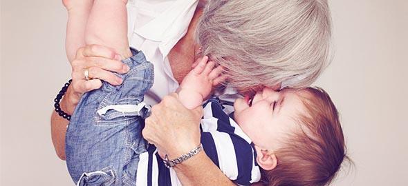6 λόγοι που χρωστάμε ένα μεγάλο «ευχαριστώ» στις γιαγιάδες