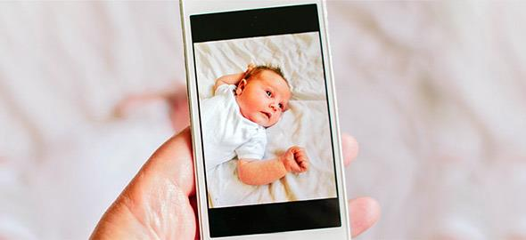Τι είναι η ψηφιακή απαγωγή βρεφών και οι κίνδυνοι για τα παιδιά μας