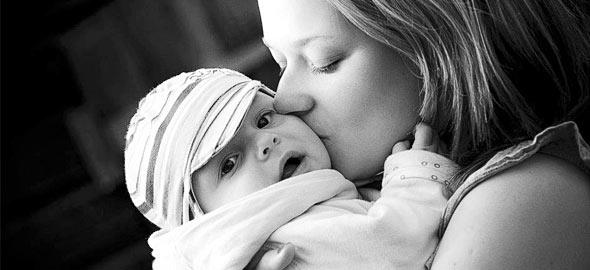 «Δεν κακομαθαίνω το παιδί μου, του δίνω την αγάπη που του αξίζει»