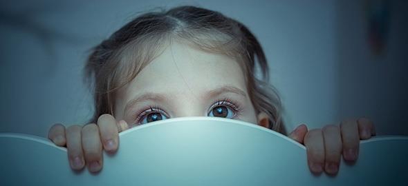 Τα πιο έξυπνα κόλπα για να νικήσετε τους φόβους των παιδιών