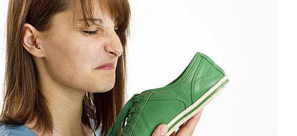 Πώς να μην μυρίζουν τα παπούτσια σας