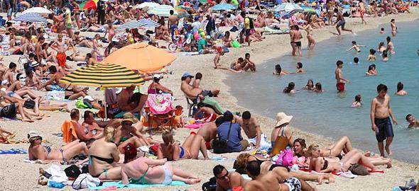 Τέσσερις παραλίες στην Αττική κρίθηκαν ακατάλληλες για μπάνιο!