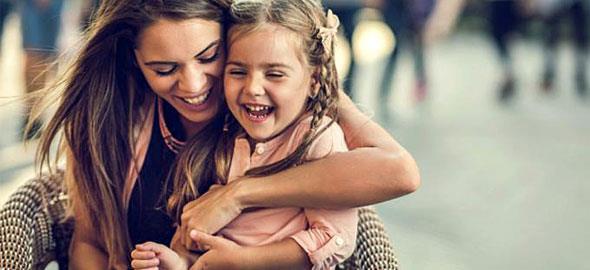 5 λόγοι που τα παιδιά λατρεύουν τις θείες