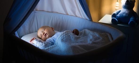 Πώς να μάθω στο μωρό μου να κοιμάται όλη τη νύχτα