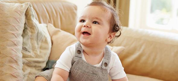 Τι πρέπει να μπορεί να κάνει ένα μωρό 6 μηνών 4e2e685375e