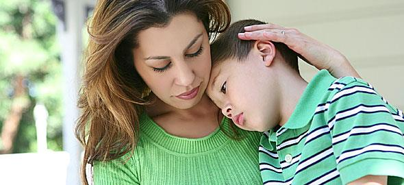 Πώς να πω στον γιο μου ότι ο πατέρας του έχει καινούρια σύντροφο, με την οποία περιμένουν παιδί;