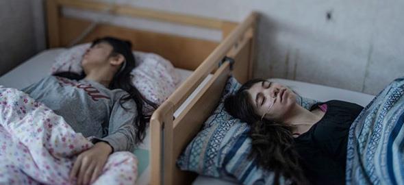 Τι είναι το «σύνδρομο παραίτησης» που κάνει τα παιδιά να κοιμούνται και να μην ξαναξυπνούν
