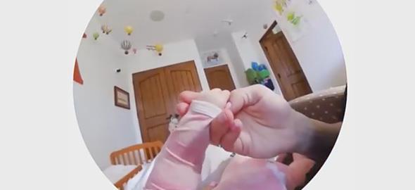 Πώς μας βλέπουν τα παιδιά μας; Ένα βίντεο που μας… ανοίγει τα μάτια!