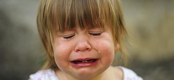 «Σκέψου-Νιώσε-Κάνε»: Πώς να σταματήσετε να φωνάζετε στα παιδιά σε 3 βήματα