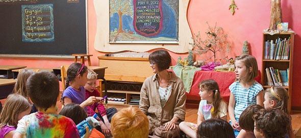 Τι είναι τα «ελεύθερα» σχολεία Waldorf και γιατί τα επιλέγουν οι γονείς;