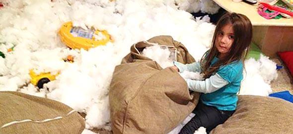Τι κάνουν τα παιδιά όταν δεν τα βλέπουμε: 14 ξεκαρδιστικές φωτογραφίες