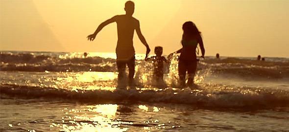 Πώς να χαρίσετε στα παιδιά τις καλύτερες διακοπές της ζωής τους