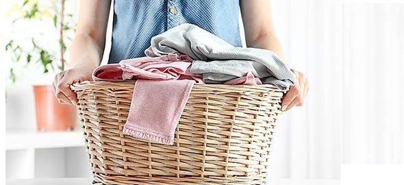 6bb316cf8a8c 8 μυστικά που θα κάνουν τα ρούχα σας να μοσχοβολούν
