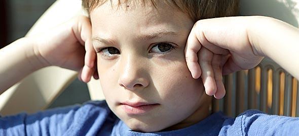 Ο γιος μου απαντά σε όλα «Κι  εμένα τι με νοιάζει;». Πώς να το χειριστώ;