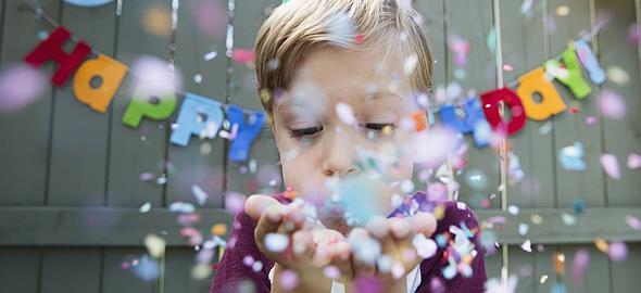 Πώς να κάνετε ξεχωριστά τα γενέθλια του παιδιού