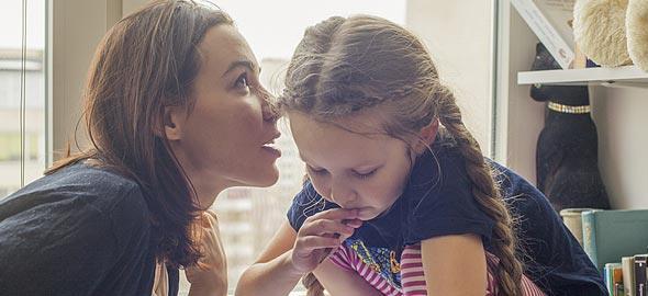 Πώς να νικήσεις τον θυμό σου για να μη φωνάζεις στα παιδιά