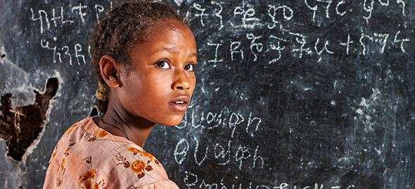 Παγκόσμια Ημέρα Κοριτσιού: Για τα κορίτσια που μεγαλώνουν σε έναν άδικο κόσμο
