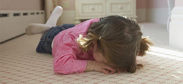 Παιδί με νευρικά ξεσπάσματα: Πώς να το βοηθήσετε να ηρεμήσει