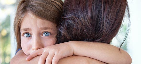 Πώς γινόμαστε άθελά μας υπερπροστατευτικοί γονείς