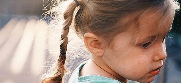 Είναι ανησυχητικό το ότι η 3χρονη κόρη μας, ακόμα δεν μιλάει καθαρά;