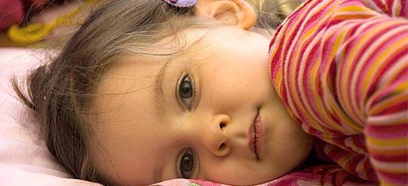 Η 4 ετών κόρη μου «τρίβεται» στο χαλί