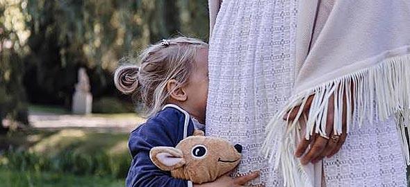 Η 5 ετών κόρη μου δεν θέλει να παίζει με κανένα παιδάκι. Τι να κάνω;