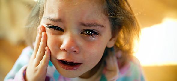 «Δεν είμαι κακό παιδί. Είμαι μόνο 2 ετών!»: Τι θα έλεγαν τα παιδιά μας αν μπορούσαν να εκφραστούν