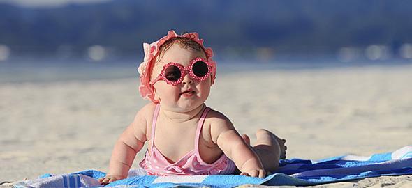 Στην παραλία με τα παιδιά: Έξυπνες ιδέες επιβίωσης