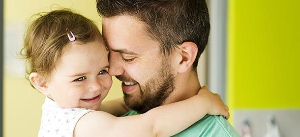 Η κόρη μου έχει αδυναμία στον πατέρα της. Γιατί δεν με θέλει;