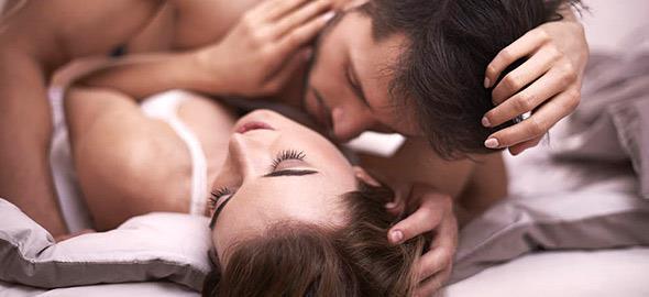 4 στάσεις του σεξ που θα σας βοηθήσουν να… ξαναμπείτε στο παιχνίδι μετά τη γέννα