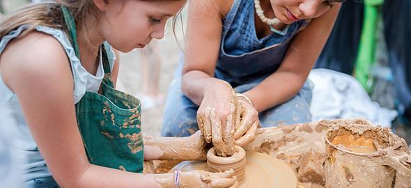 3 πρωτότυπες δραστηριότητες που θα κάνουν τα παιδιά να κολλήσουν