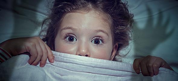 Πώς να βοηθήσετε τα παιδιά να ξεπεράσουν τις φοβίες τους