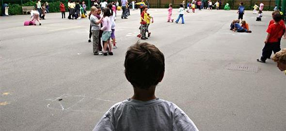 Ο 7χρονος γιος μου αντιμετωπίζει προβλήματα στις φιλίες του επειδή δεν ξέρει να χάνει. Πώς να τον βοηθήσω;