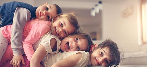 Οι 4 τύποι των φίλων των παιδιών μας που αγαπάμε πολύ