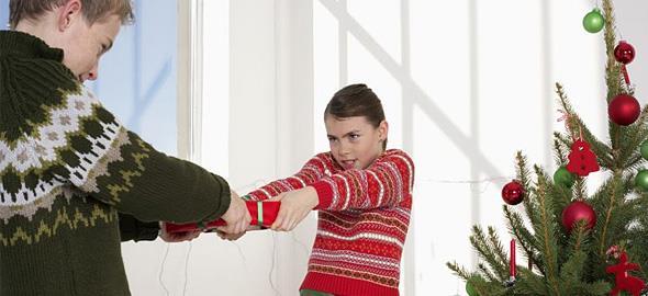 Πώς να αποφύγετε τους πιο συνηθισμένους χριστουγεννιάτικους καβγάδες των παιδιών