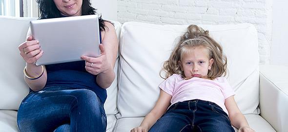 Οι συμπεριφορές που πρέπει ν' αλλάξουμε ως γονείς πριν να είναι πολύ αργά