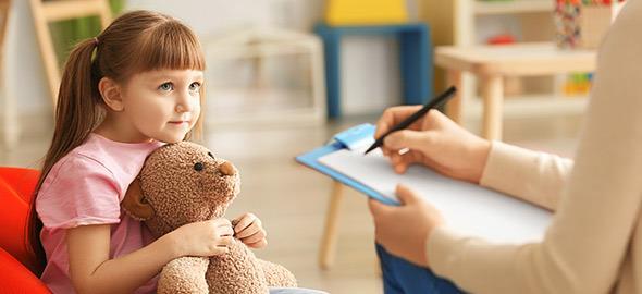 Τα παιδιά δεν χρειάζονται ψυχολόγο, χρειάζονται αγάπη