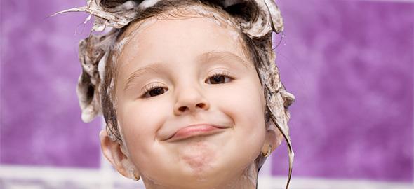 Πώς να κάνει το παιδί μπάνιο μόνο του με ασφάλεια