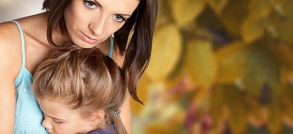 Οι δυσκολίες που αντιμετωπίζουν οι χωρισμένες μαμάδες