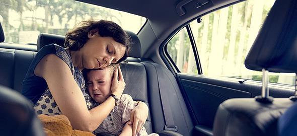Γιατί πρέπει να παρηγορούμε πάντα τα παιδιά όταν κλαίνε