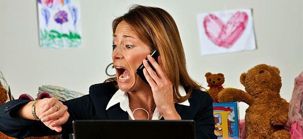 Το άγχος είναι το δυσκολότερο συναίσθημα που πρέπει να διαχειριστούν οι μαμάδες