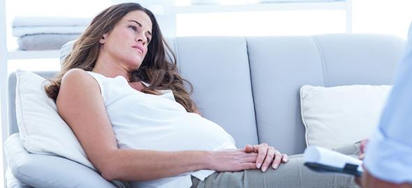 Είμαι έγκυος αλλά έχω ινομύωμα. Υπάρχει κίνδυνος για το έμβρυο;