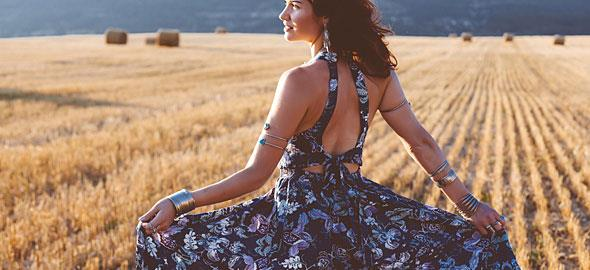 Τα πιο δροσερά maxi φορέματα για το καλοκαίρι