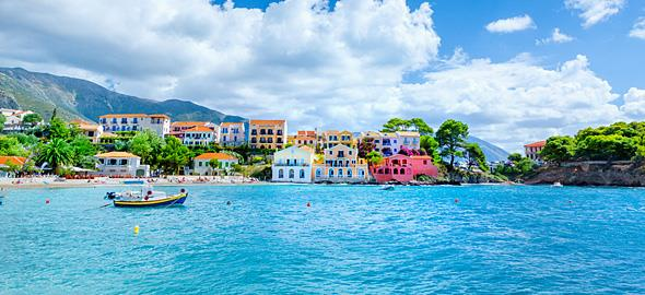 «Αυτό είναι το καλύτερο οικογενειακό νησί στην Ελλάδα»: 5 γονείς προτείνουν