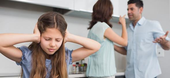 Τι πρέπει να προσέχετε όταν τσακώνεστε μπροστά στα παιδιά