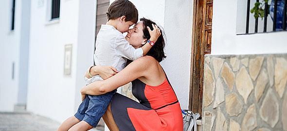 Να γίνουμε καλύτερες μαμάδες για τα παιδιά μας, όχι για τον περίγυρο!